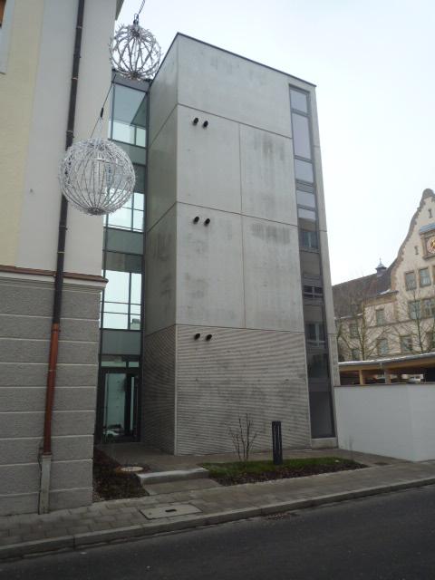 Umbau Und Sanierung Des Ca. 100 Jahre AltenSt.Vinzenz-Heimes Zu Einer Wohnstätte Für 15 Menschen Mit Behinderung.